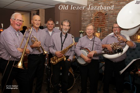 OLD IEZER JAZZ BAND